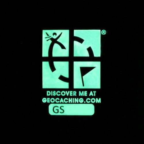 Logo Géocaching «glow in the dark»
